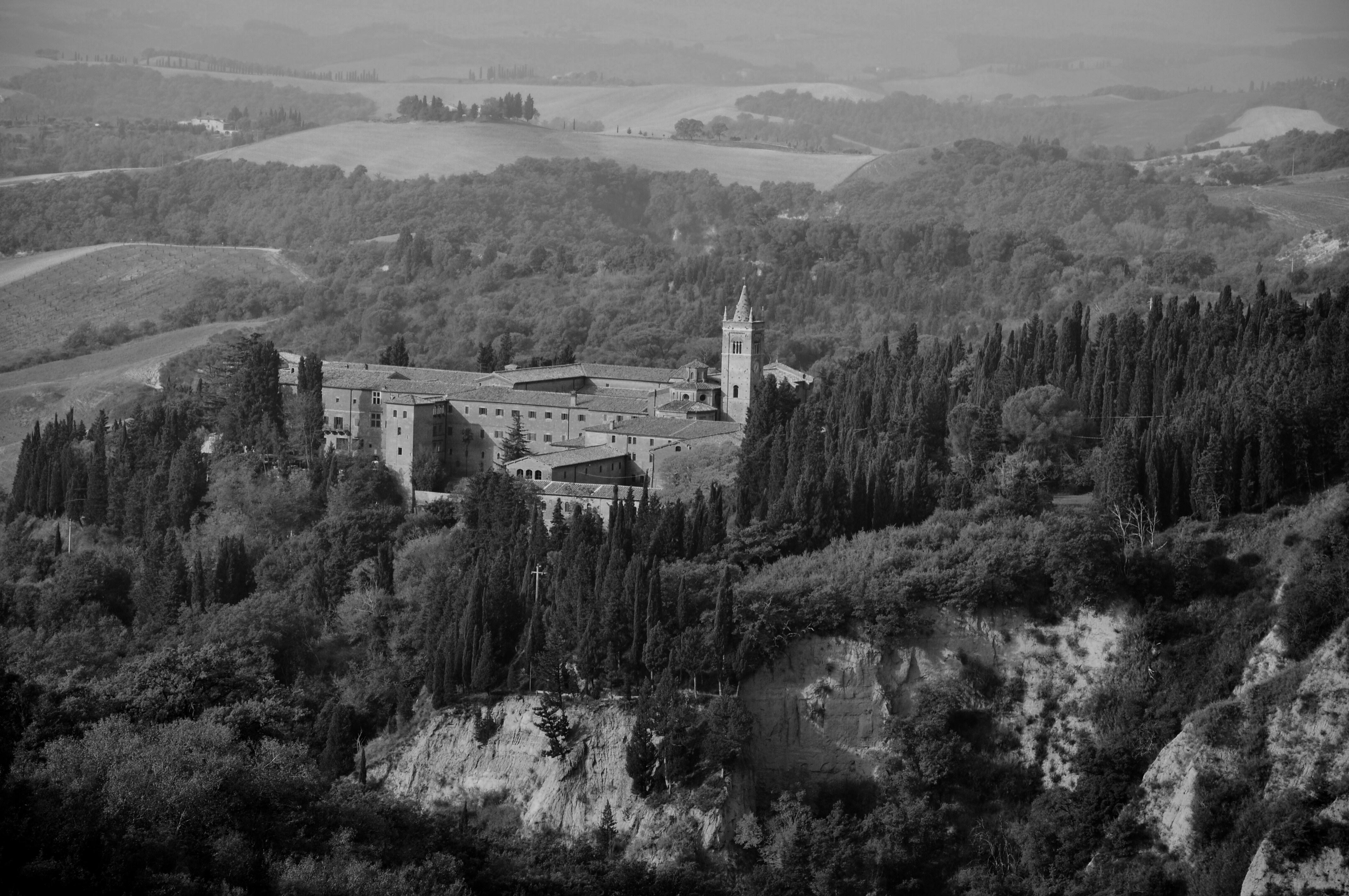 Monteoliveto Maggiore - Asciano (SI) - panoramio.jpg