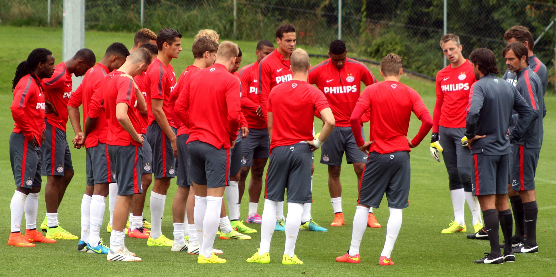 File:PSV Eindhoven, Teamcamp Bad Erlach, July 2014 (030 ...