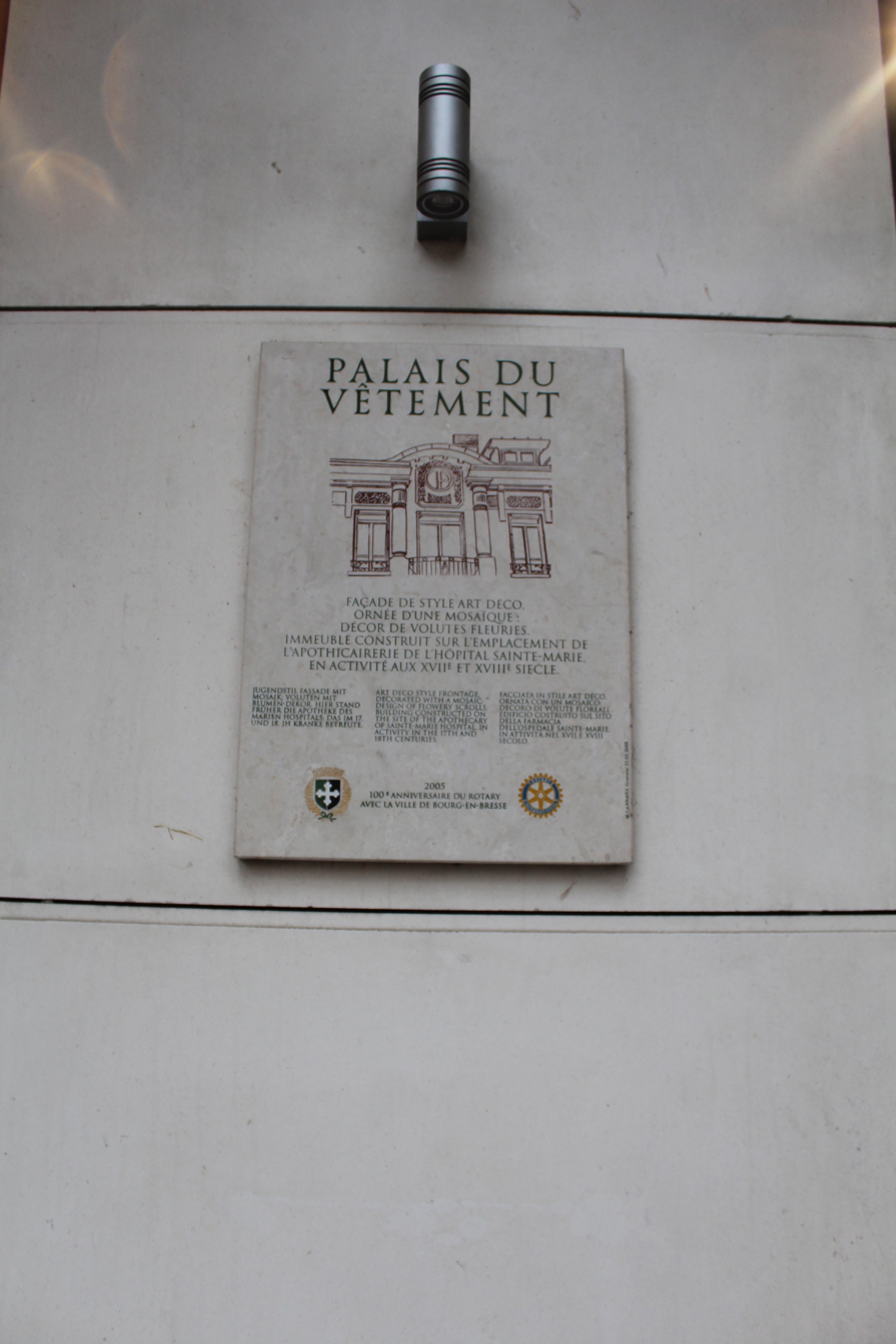 Fileplaque Palais Vêtement Bourg Bresse 1jpg Wikimedia Commons