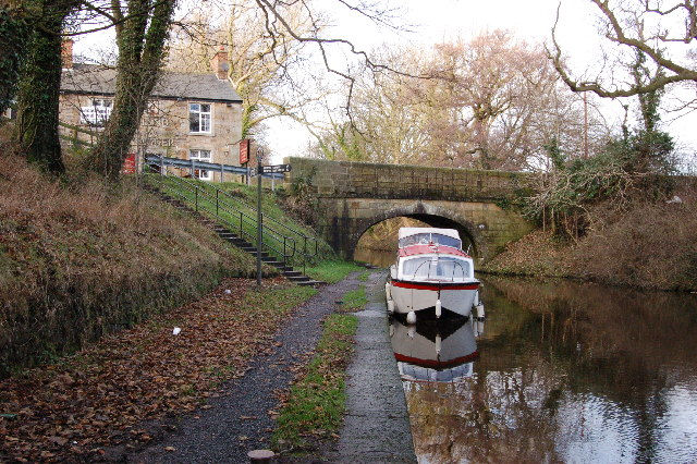 Preston Lancaster Canal by the Hand and dagger Public House - geograph.org.uk - 93260