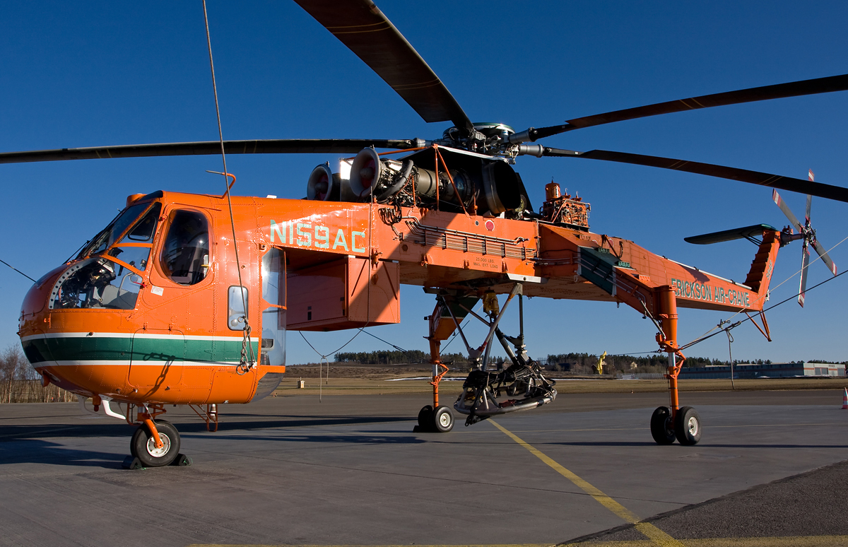 erickson air crane helicopter with File Sikorsky S 64 N159ac Erickson Air Crane   Osd on Sikorsky S 64e Fire Fighting Helicopter Add On Replace in addition Elvis The King Of Fire Bombing Choppers moreover Heavy lift helicopters additionally File Sikorsky S 64 N159AC Erickson Air Crane   OSD likewise 3.