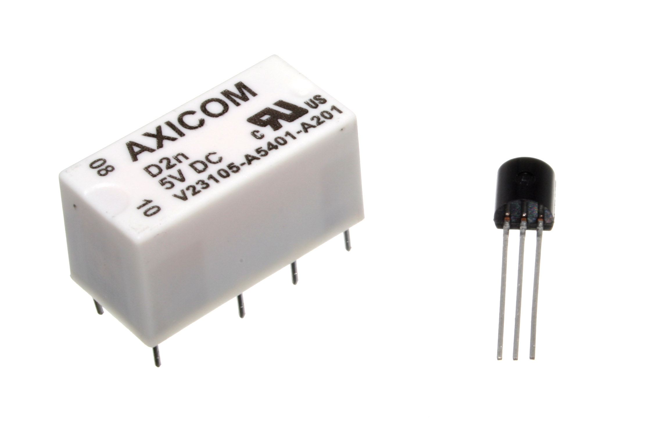 file small dip dpdt relay and driving transistor jpg