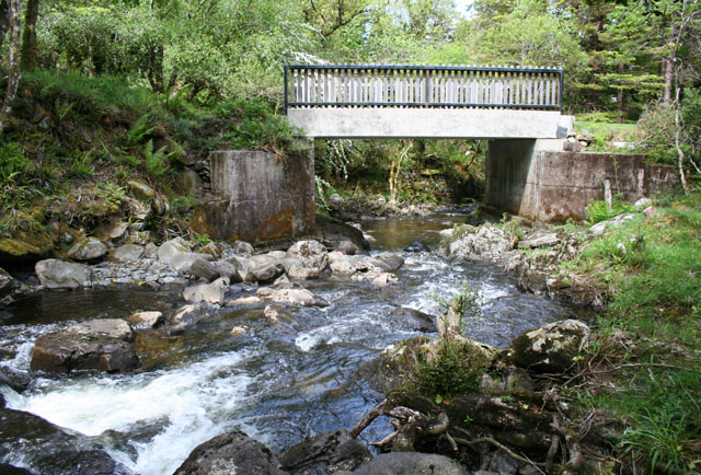 Torc Old Bridge over the Owengarriff River - geograph.org.uk - 450510