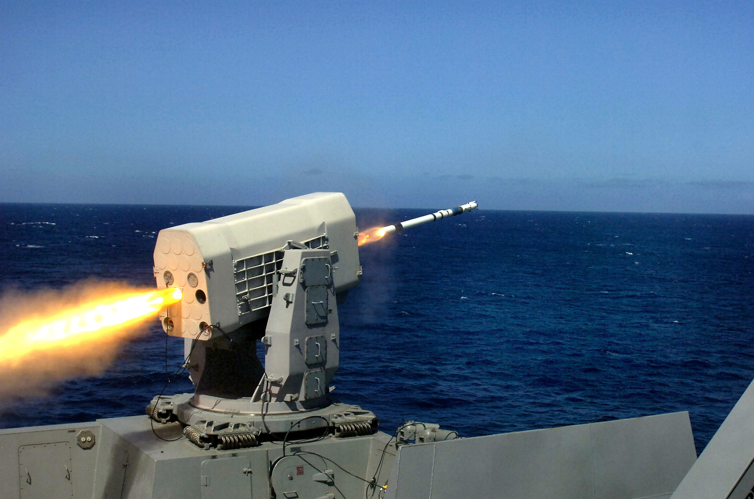 File:US Navy 090929-N-2515C-482 The dock landing ship USS ...
