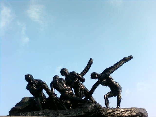 image: ulaipalar dhinam image [3]