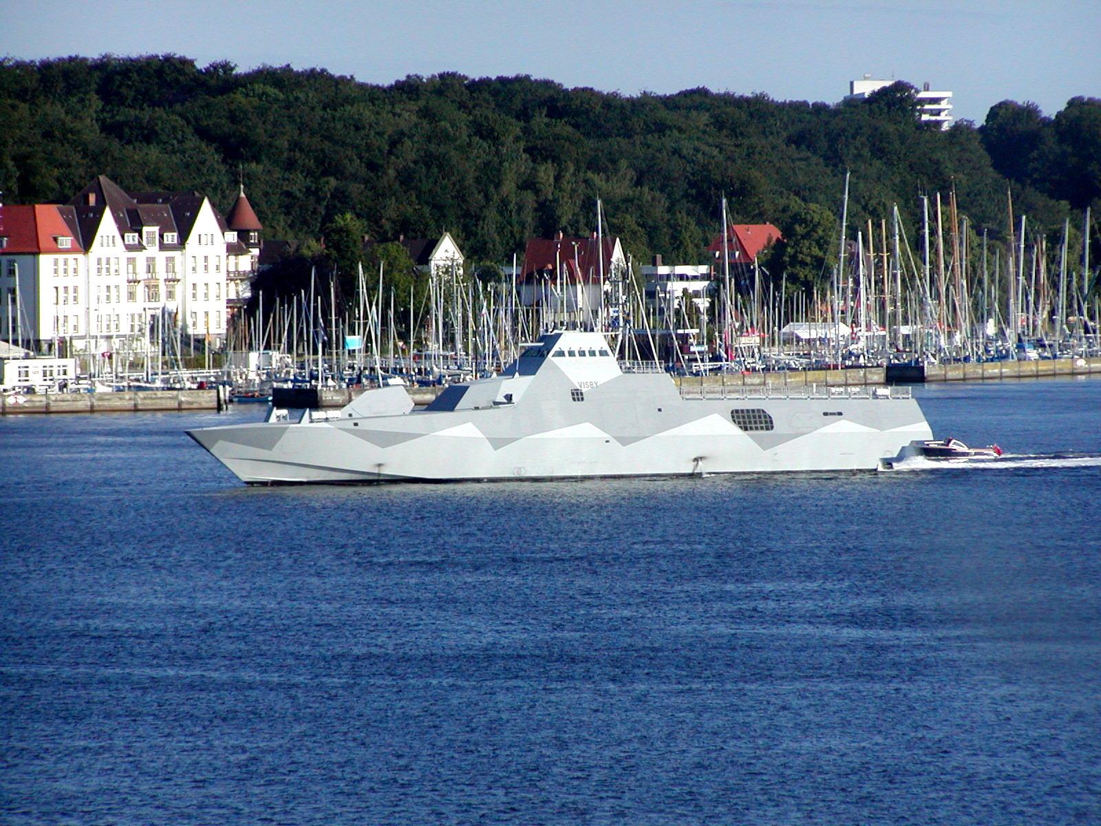 HMS Visby i Kiel. Foto: Jelly (http://sv.wikipedia.org/wiki/HMS_Visby_(K31)#mediaviewer/Fil:Visby_1.jpg)