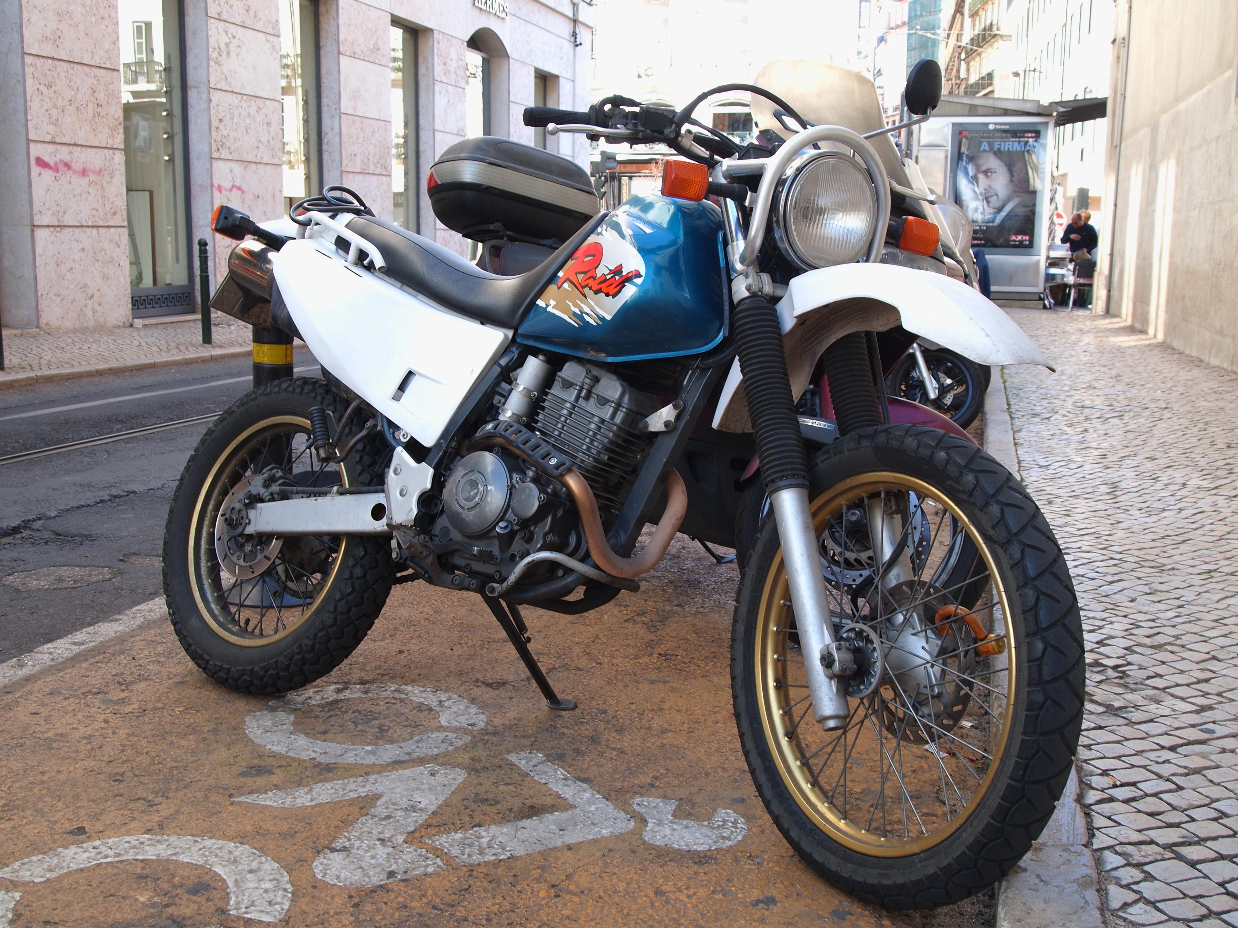 Yamaha Ttr  Carburetor