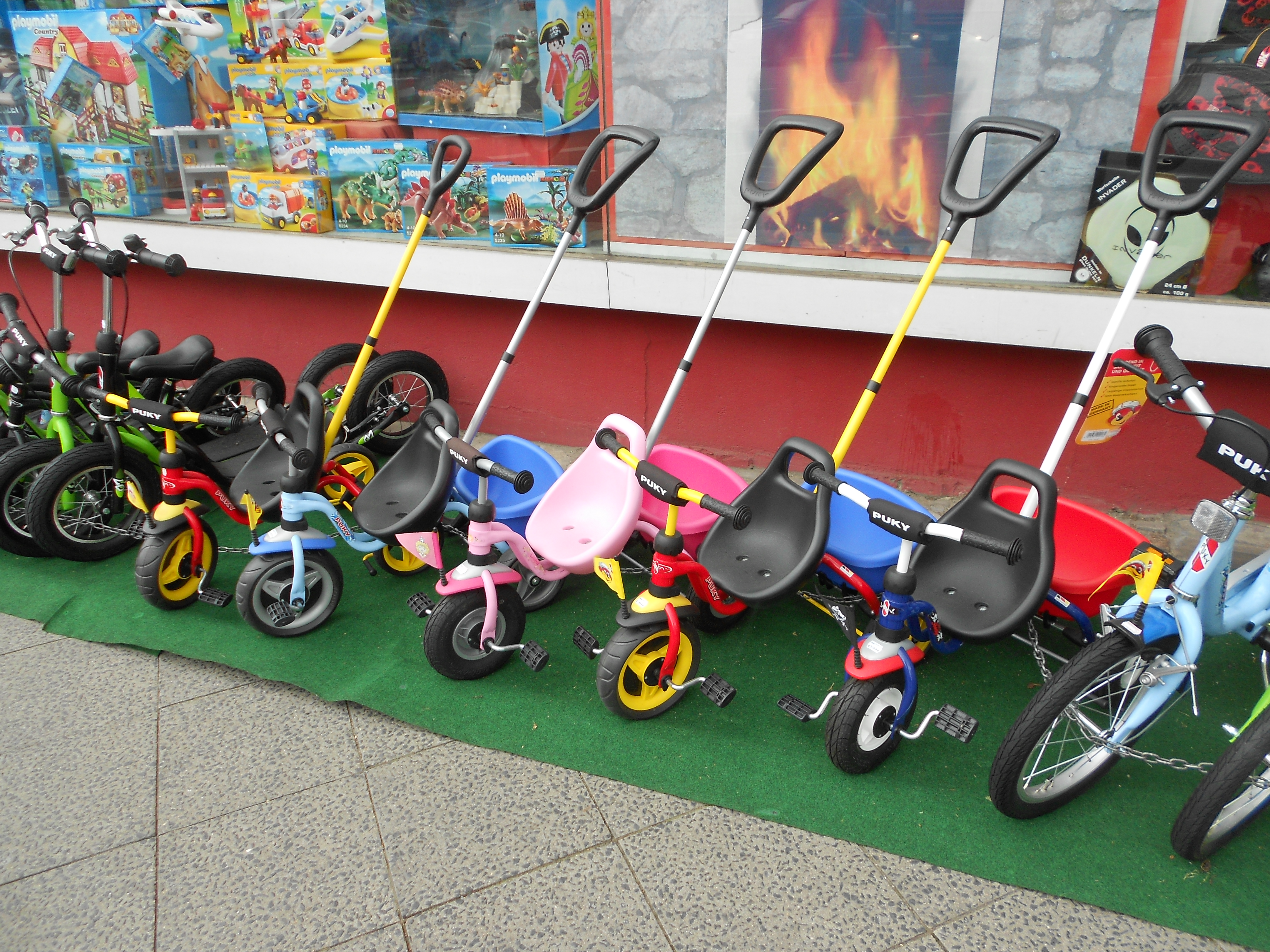 12-06-26-Велосипед-или-автомобили в Берлине-16.jpg