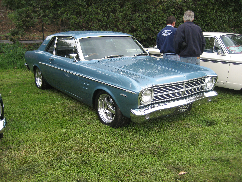 File:1967 Ford Falcon Hardtop.jpg