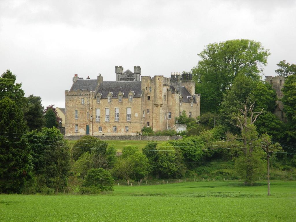 Airth Castle.jpg