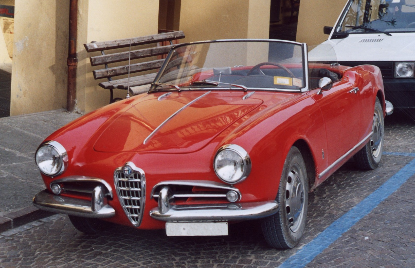 1000 images about giulietta spider on pinterest. Black Bedroom Furniture Sets. Home Design Ideas