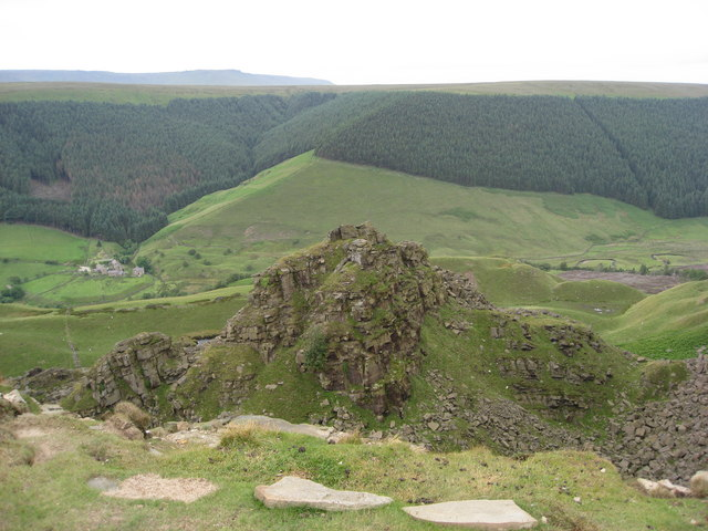 Alport Castles - The Tower - geograph.org.uk - 868556