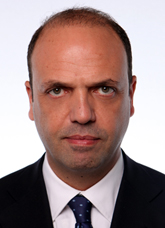 Angelino Alfano nel 2013