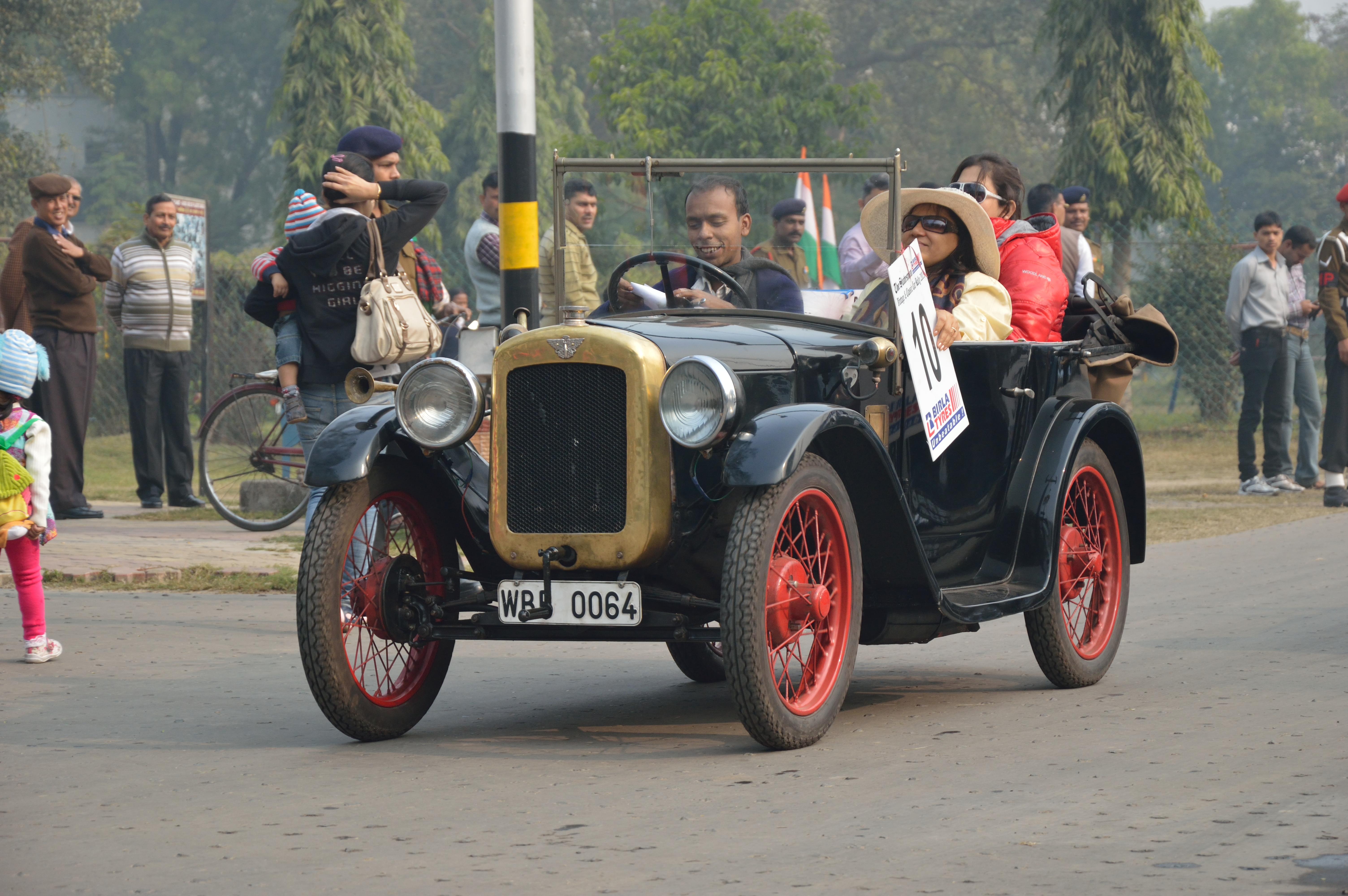 File:Austin - Seven - 1925 - 7 hp - 4 cyl - Kolkata 2013
