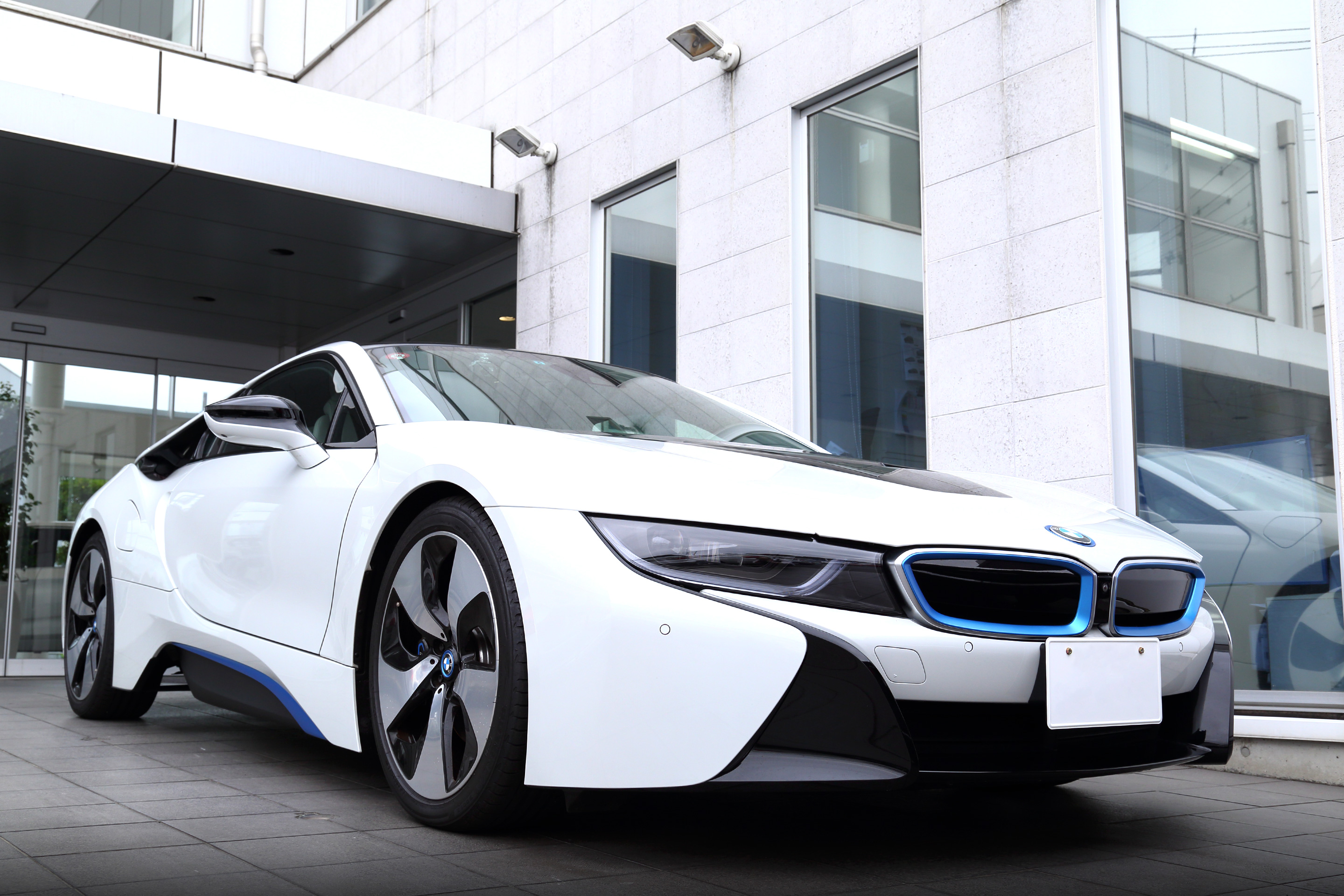 File Bmw I8 Front Left Jpg Wikimedia Commons