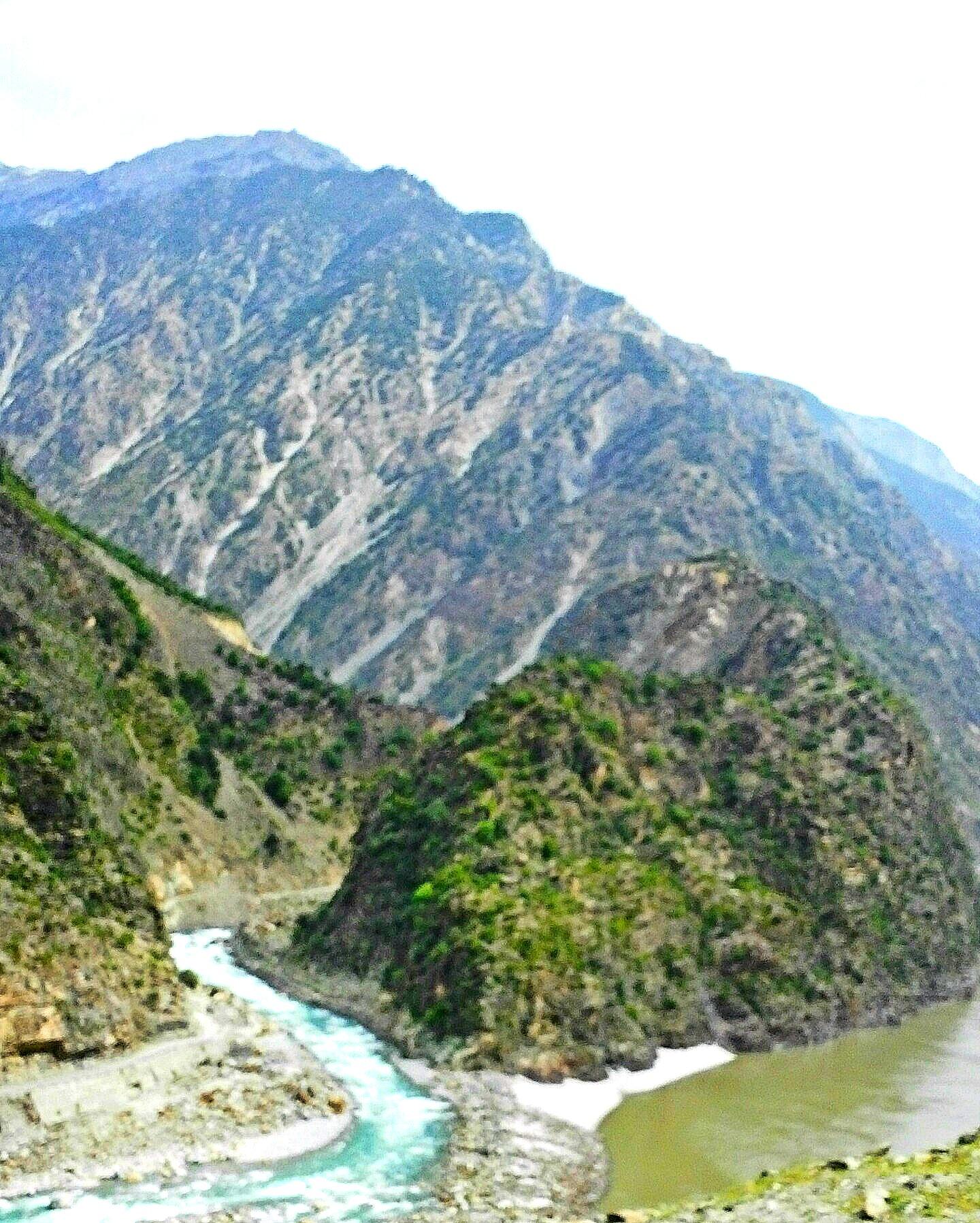 FileBetween Abbottabad And Gilgit