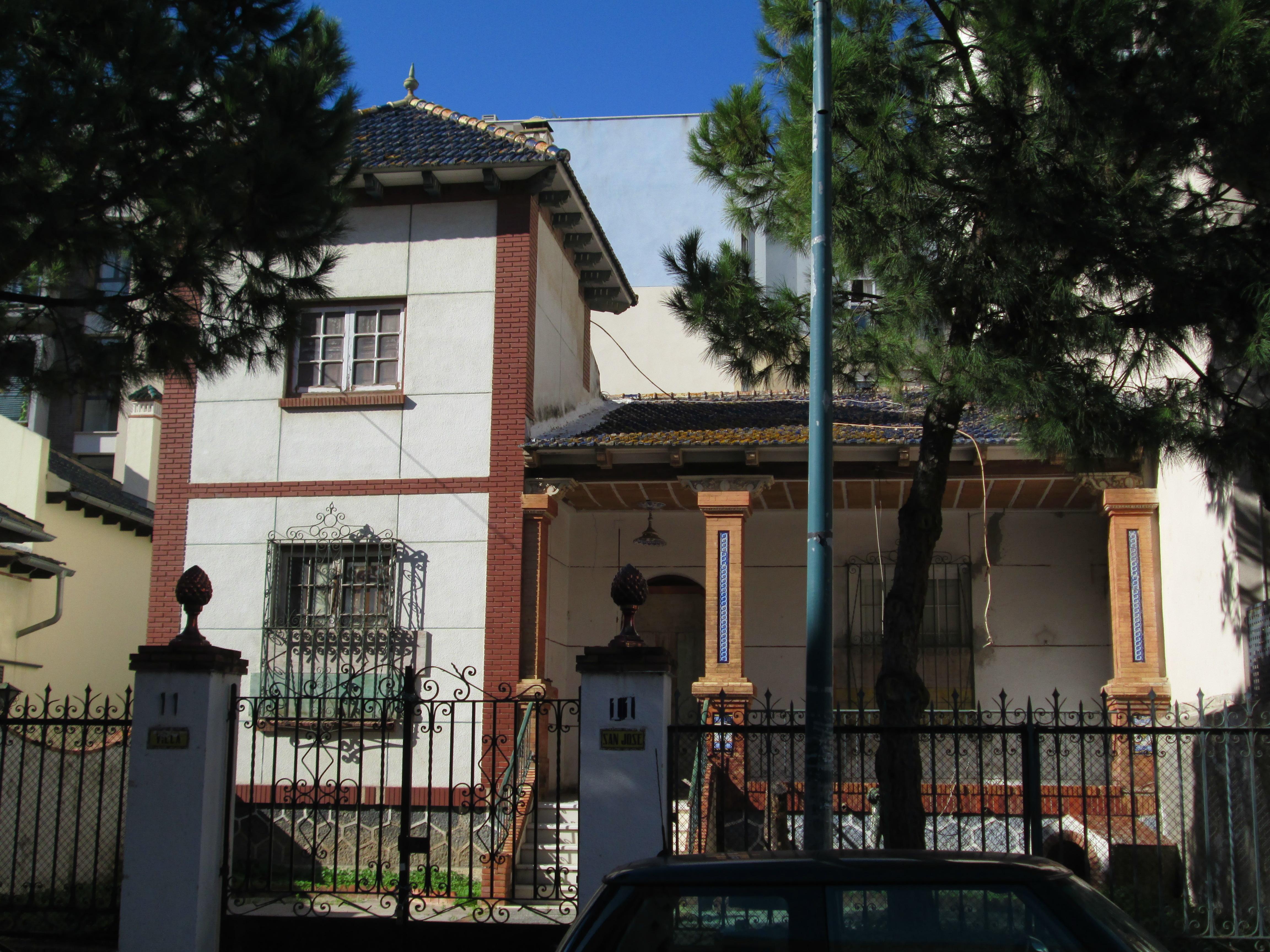 Direcciones a Calle Mendoza (Málaga) en transporte público