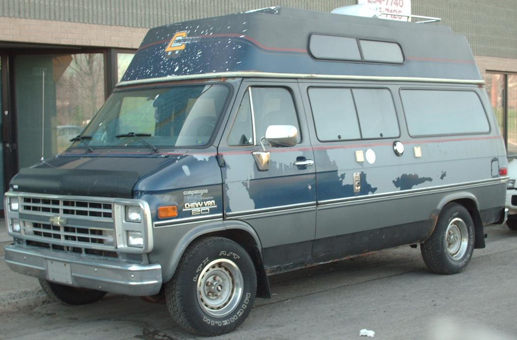 Description Chevrolet Van (Camper).JPG