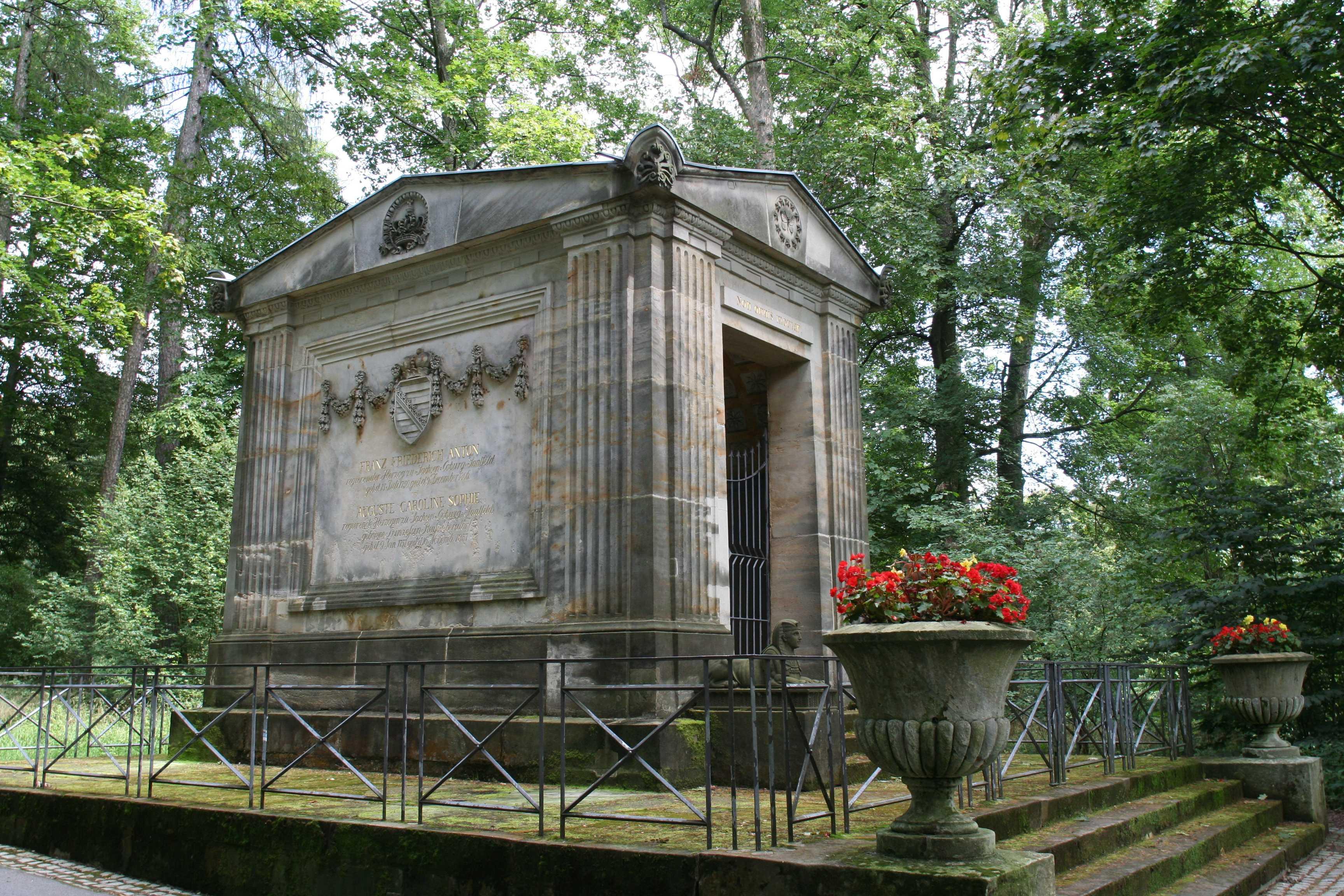 Small Garden Pictures File Coburg Hofgarten Mausoleum Jpg Wikimedia Commons
