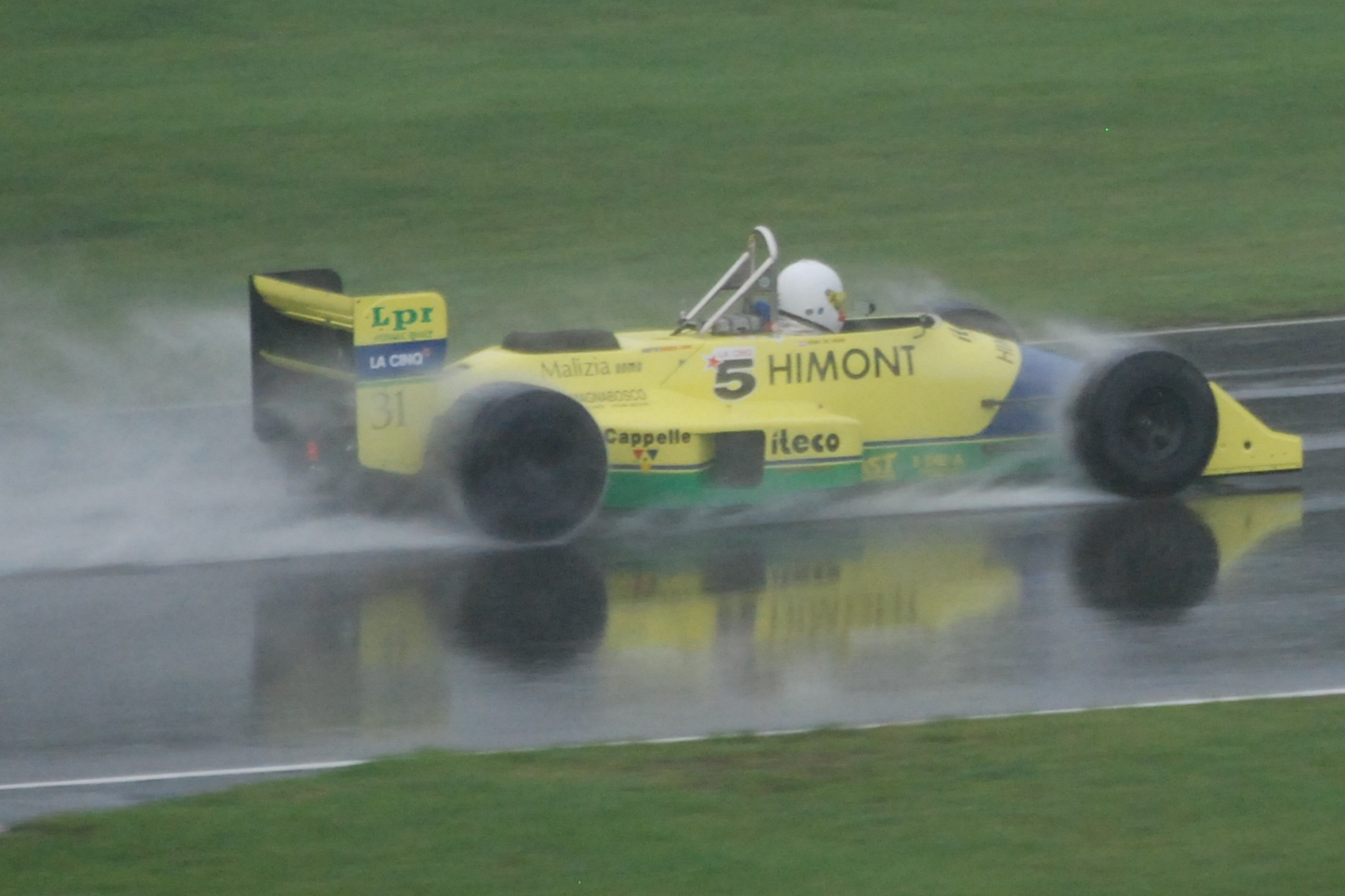 Coloni, equipe histórica de Formula 1 de 1987 - by wikimedia.org