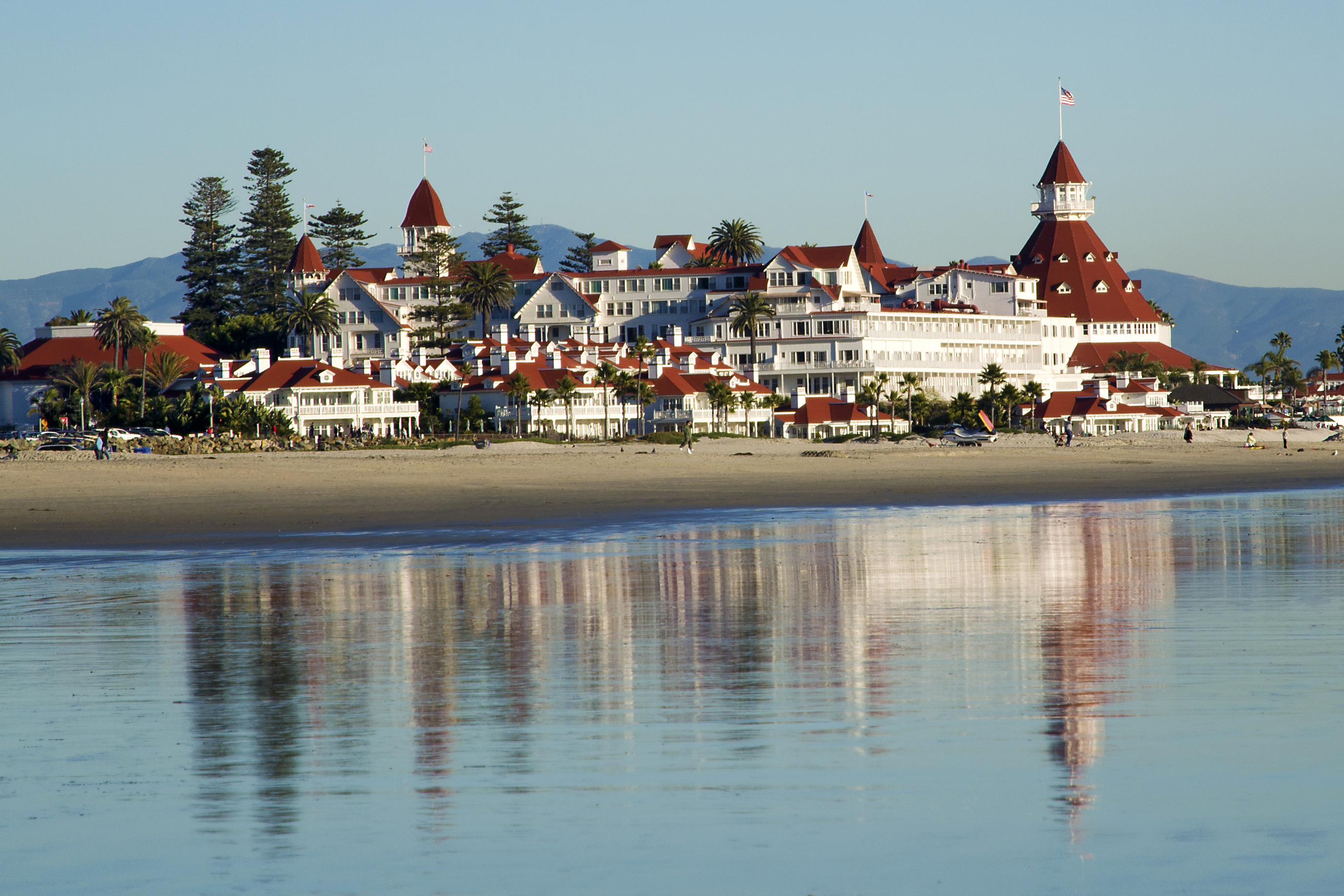 File Coronado Del Hotel From The Beach
