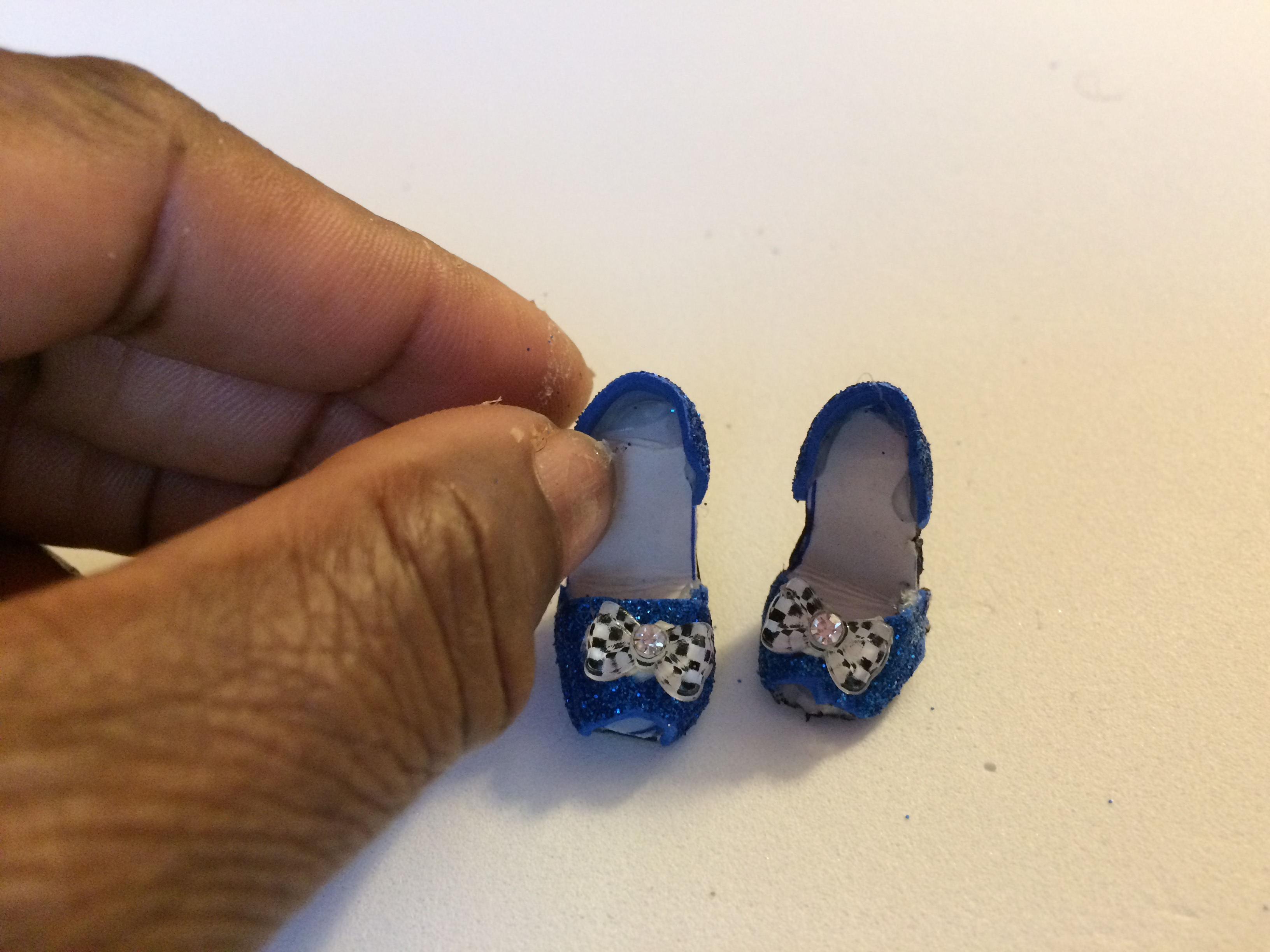 How to Make Dolls Shoes?