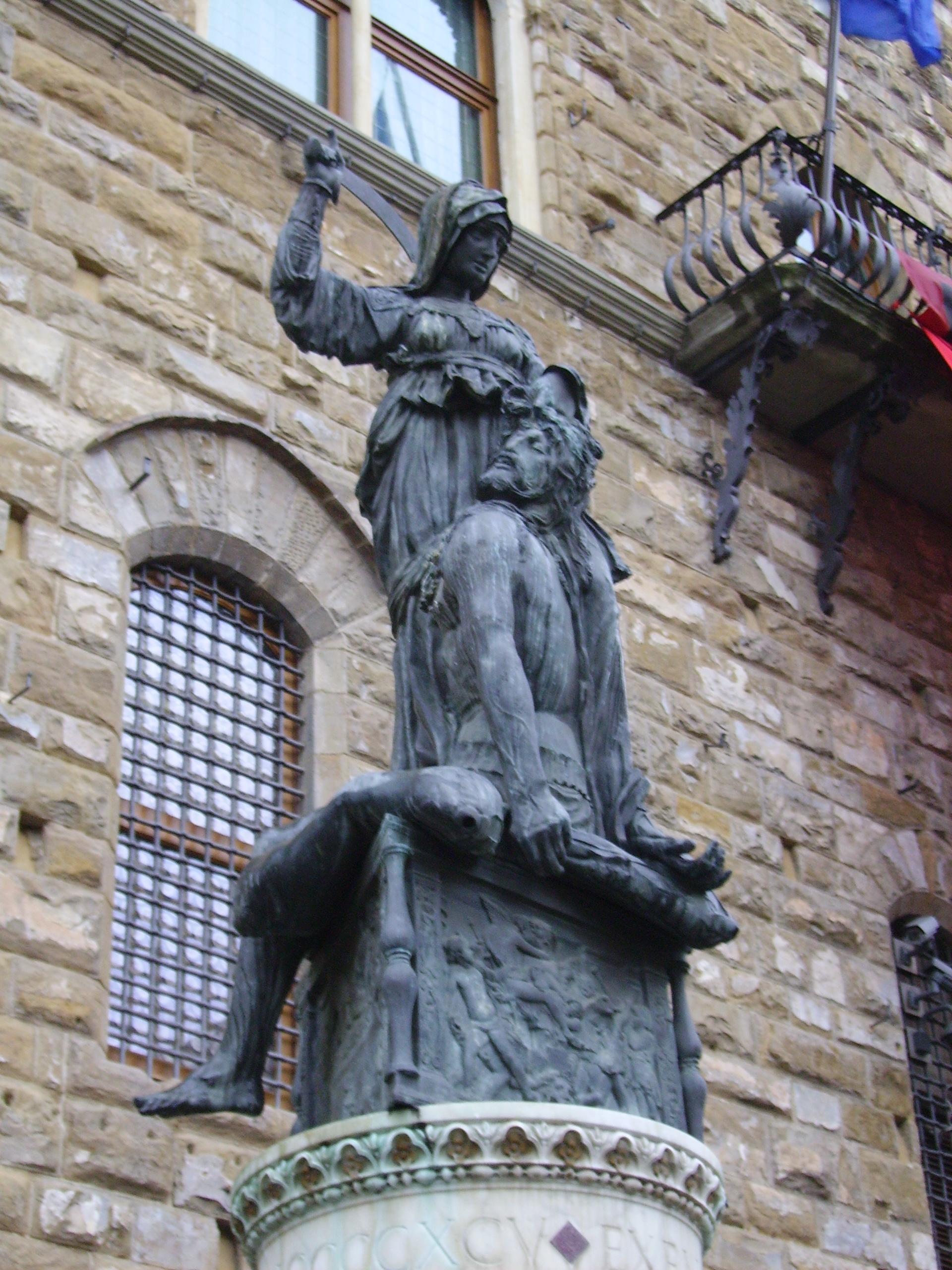 File:Donatello-Judith and Holofernes-Palazzo Vecchio.jpg