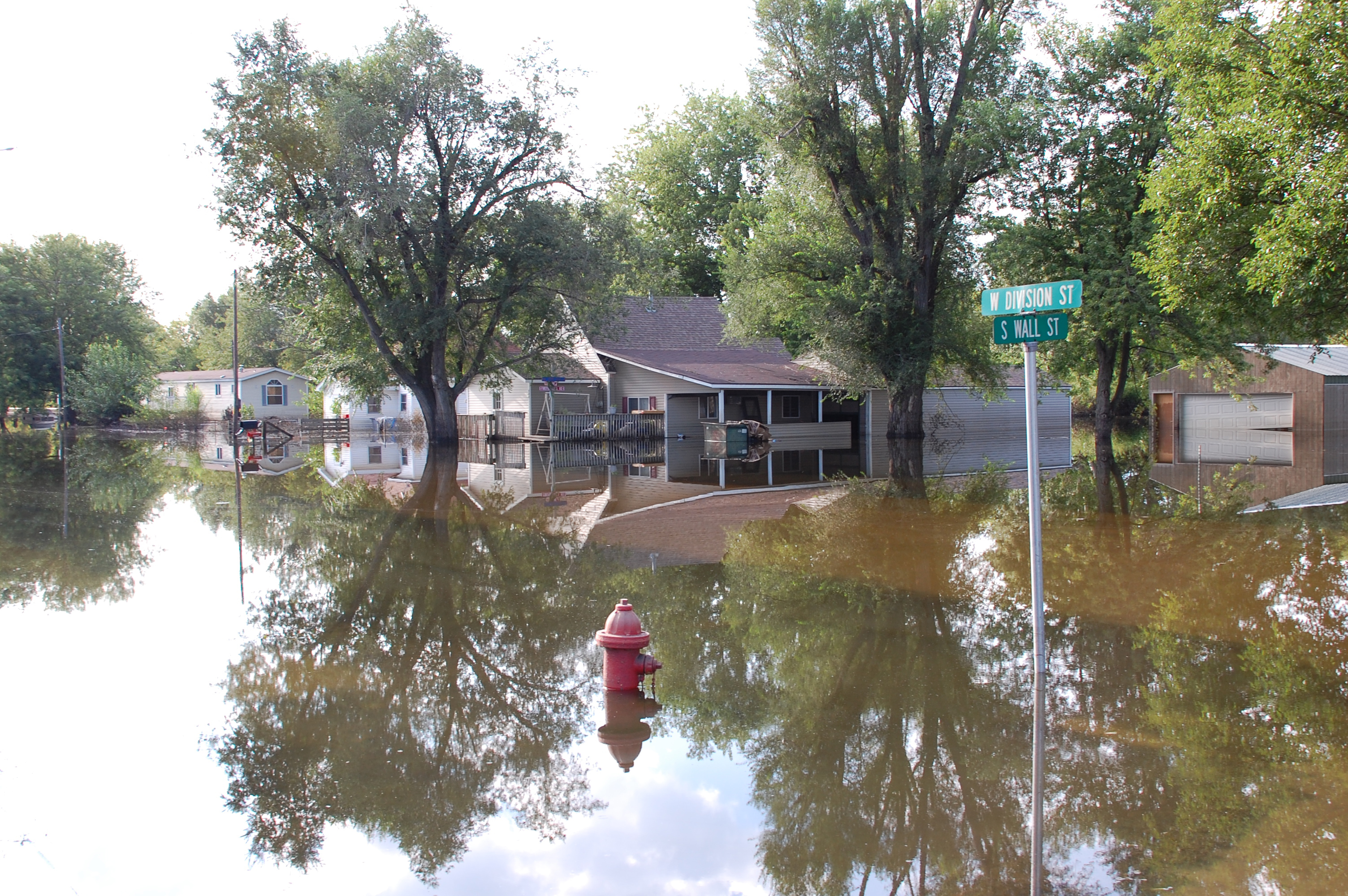 File:FEMA - 45012 - Flooded neighborhood in Colfax, Iowa.jpg