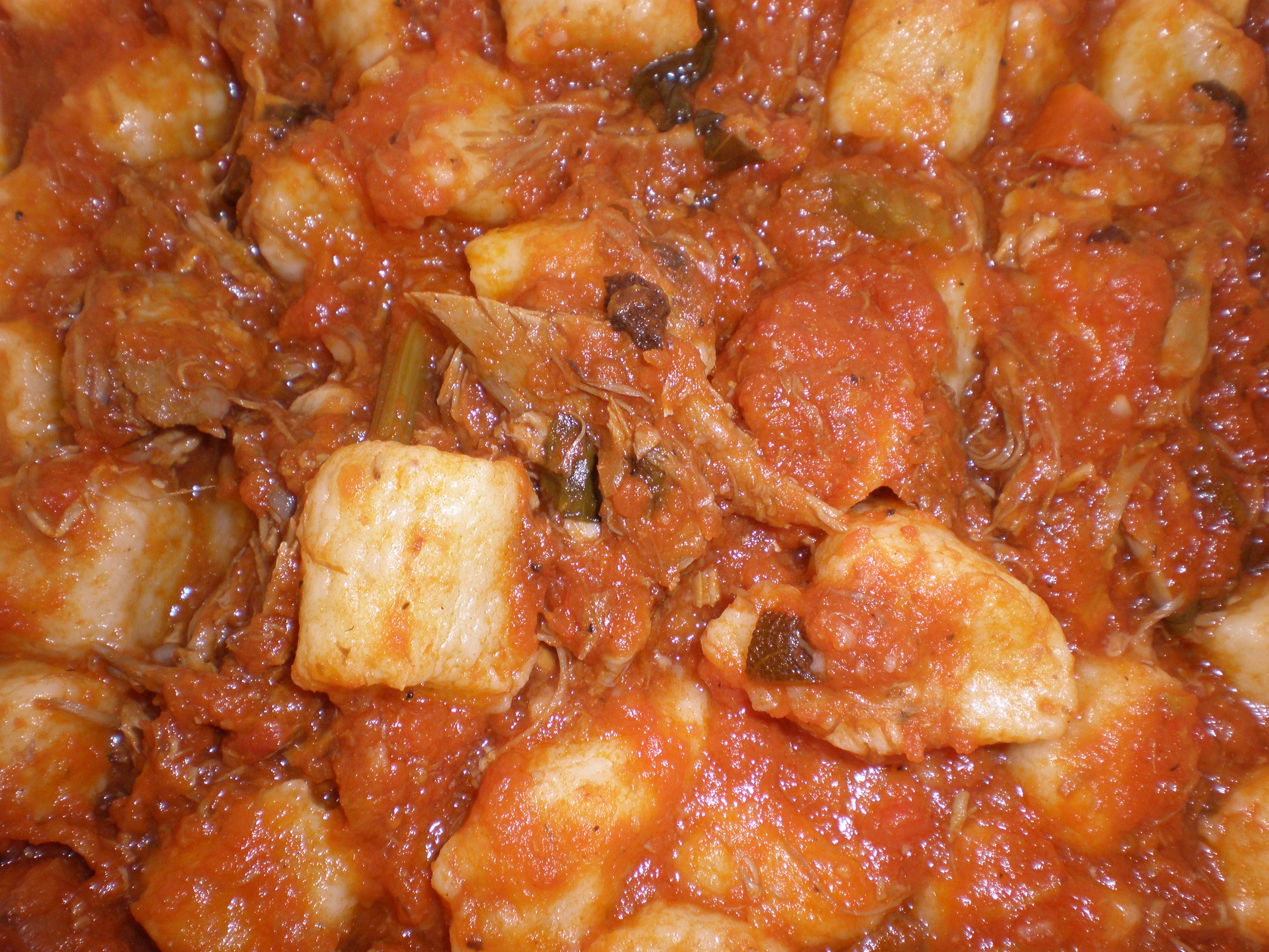 File:Gnocchi with beef and tomato sauce.JPG - Wikimedia Commons