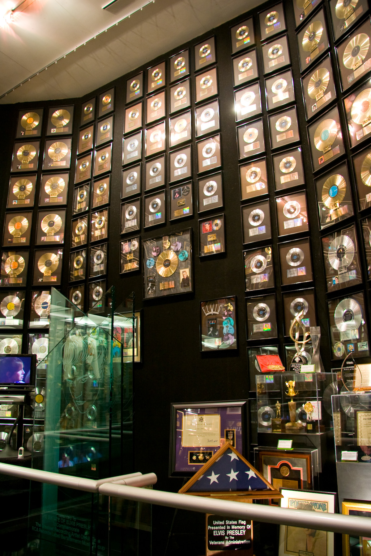 File Graceland Trophy Room Wikimedia Commons