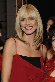 9844972ca3 Klum at The Heart Truth Fashion Show in February 2008