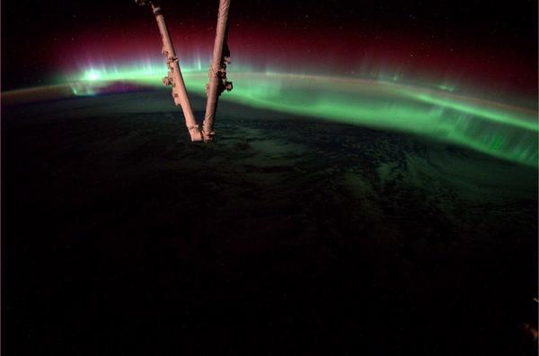 File:How the Sun Caused an Aurora This Week (14796311778).jpg