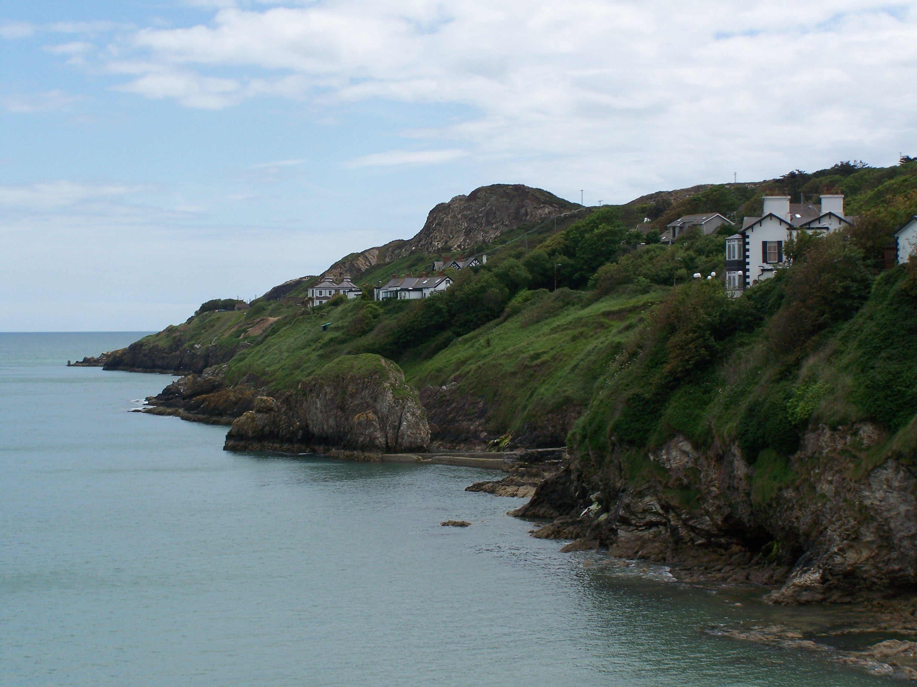 Howth cliff houses 2008