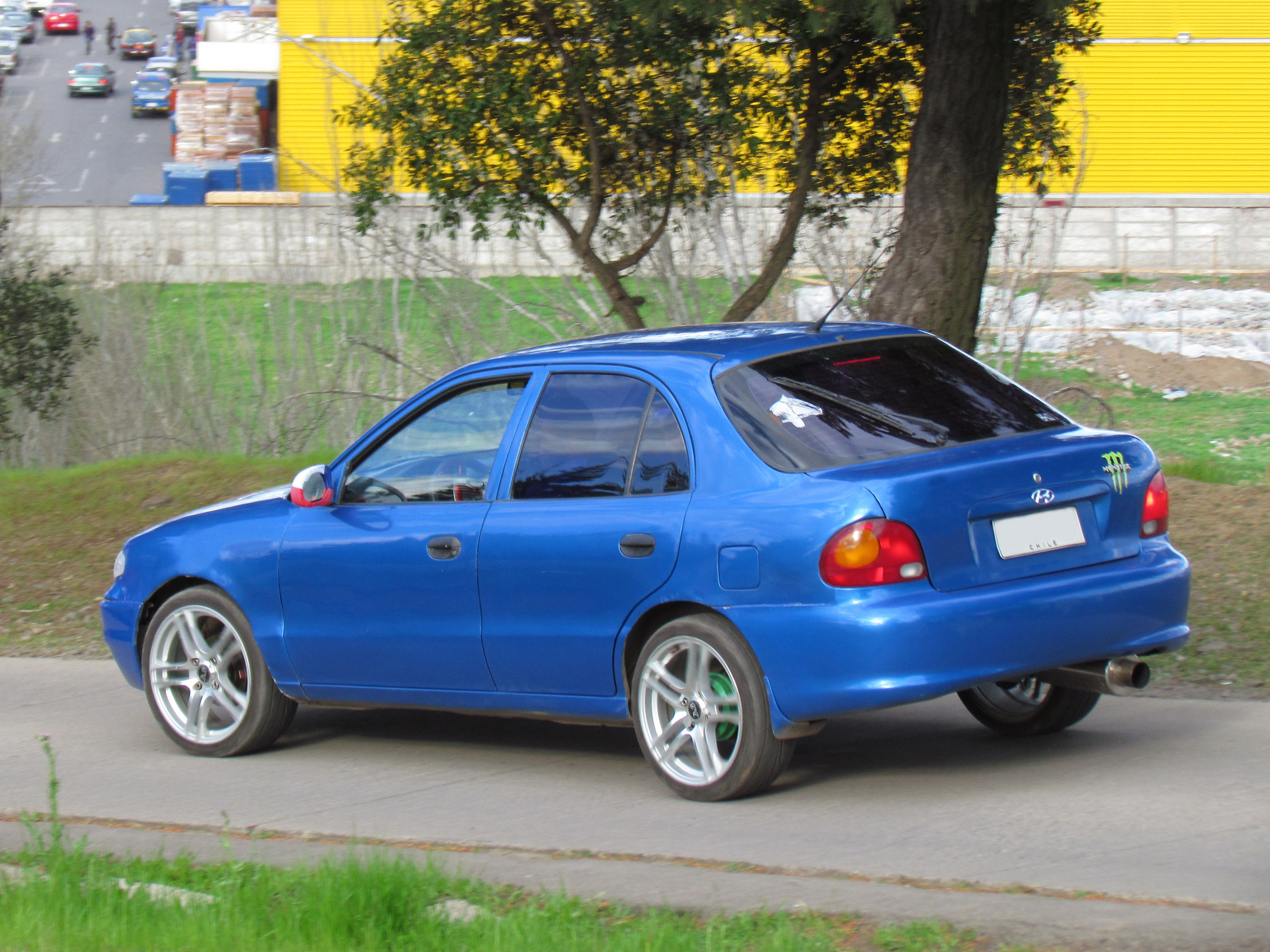 Hyundai Accent 2013 >> File:Hyundai Accent Euro 1.5 Liftback 1995  (9957908953)