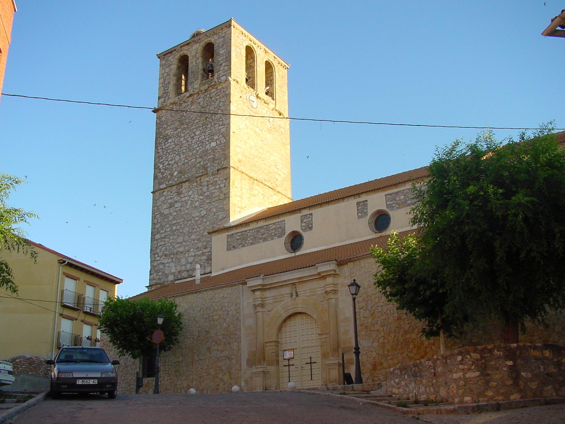 File iglesia en san agust n del wikimedia for Piscina san agustin de guadalix