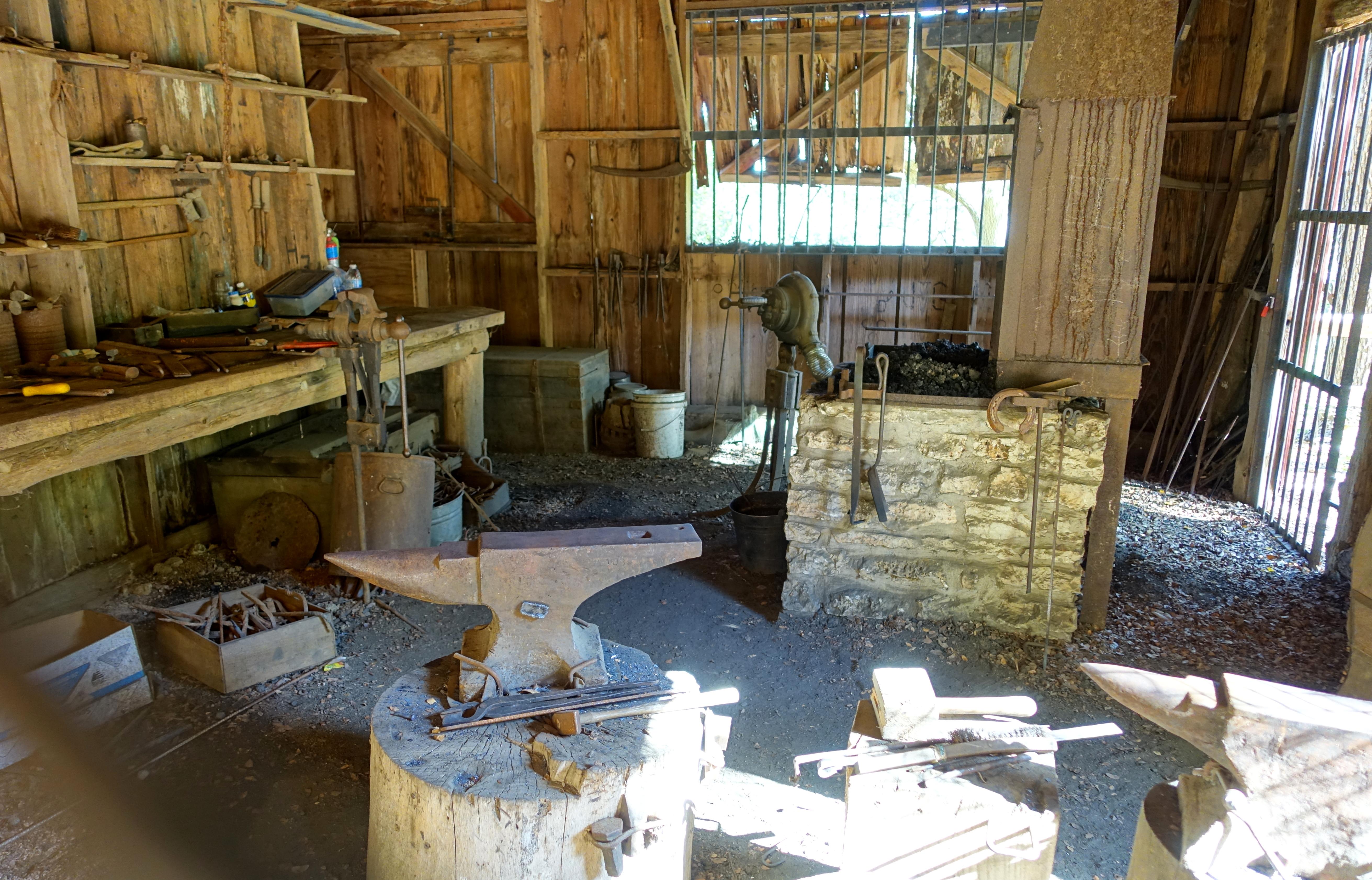 File:Interior - Swedish Blacksmith Shop - Zilker Botanical Garden ...