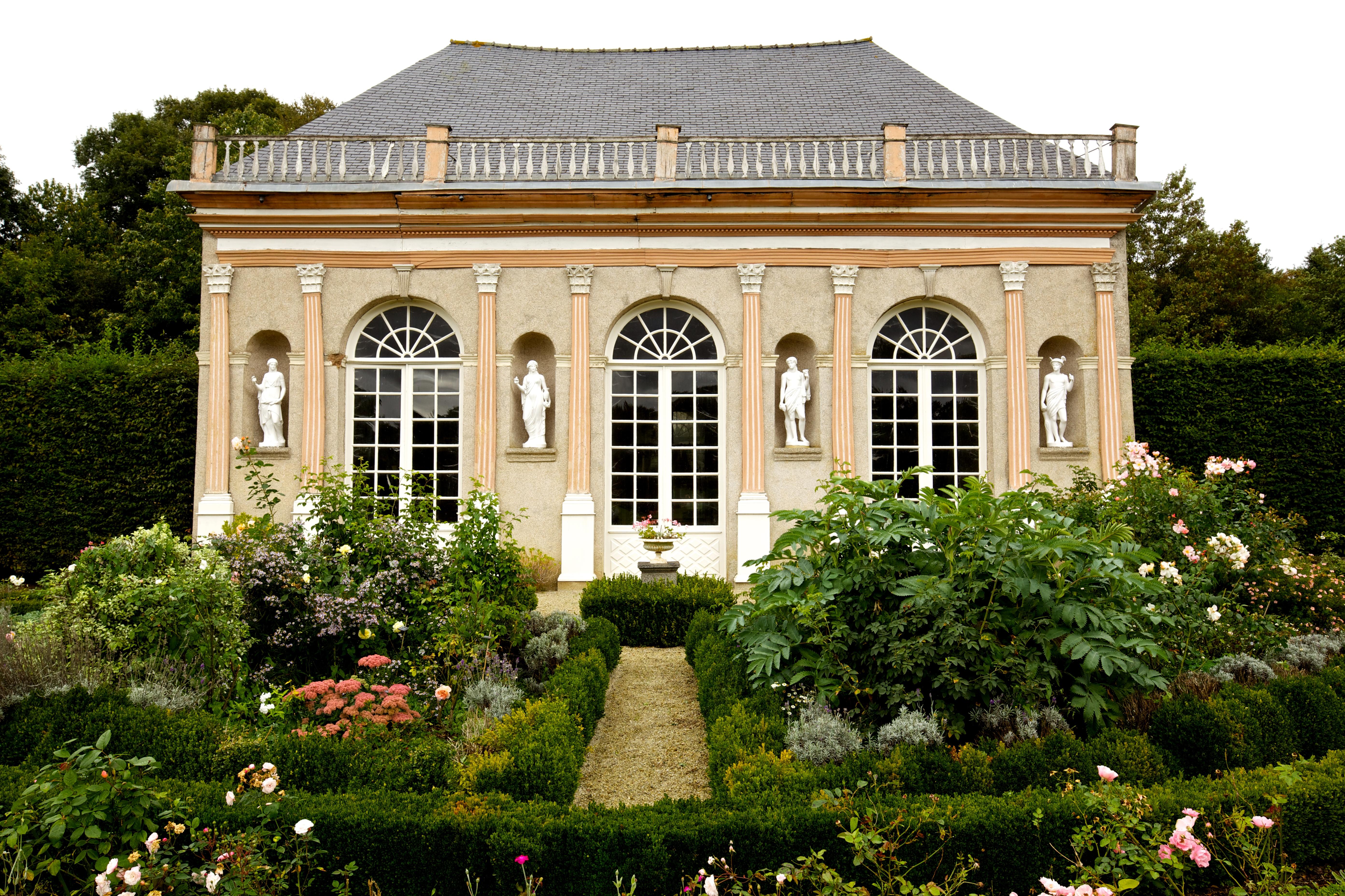 File l 39 orangerie du ch teau de la wikimedia commons - L orangerie la madeleine ...