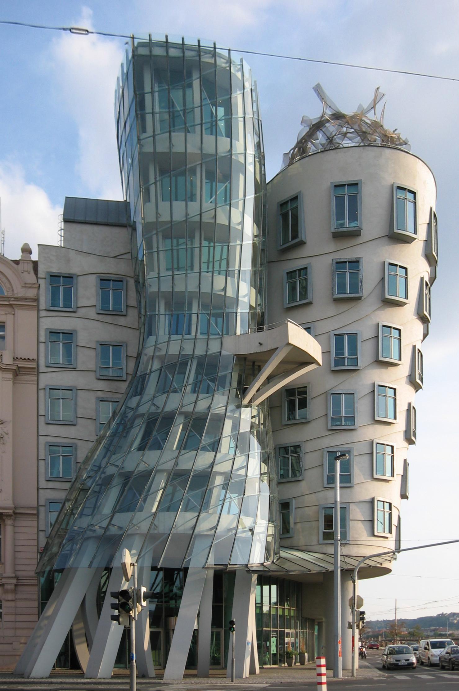 File la casa danzante de praga 1 jpg wikipedia - Gehry architekt ...