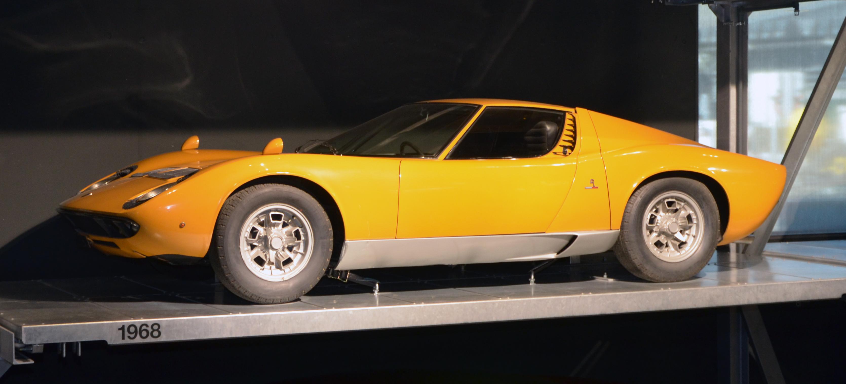 File Lamborghini Miura 1968 Jpg Wikimedia Commons