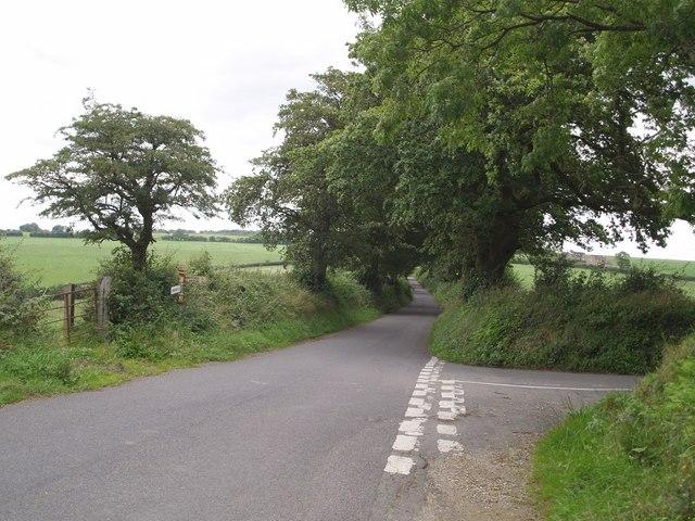 File:Lane junction above Purtington - geograph.org.uk - 508582.jpg
