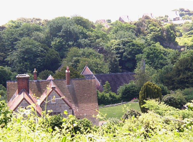 Looking down onto Bonchurch - geograph.org.uk - 53772