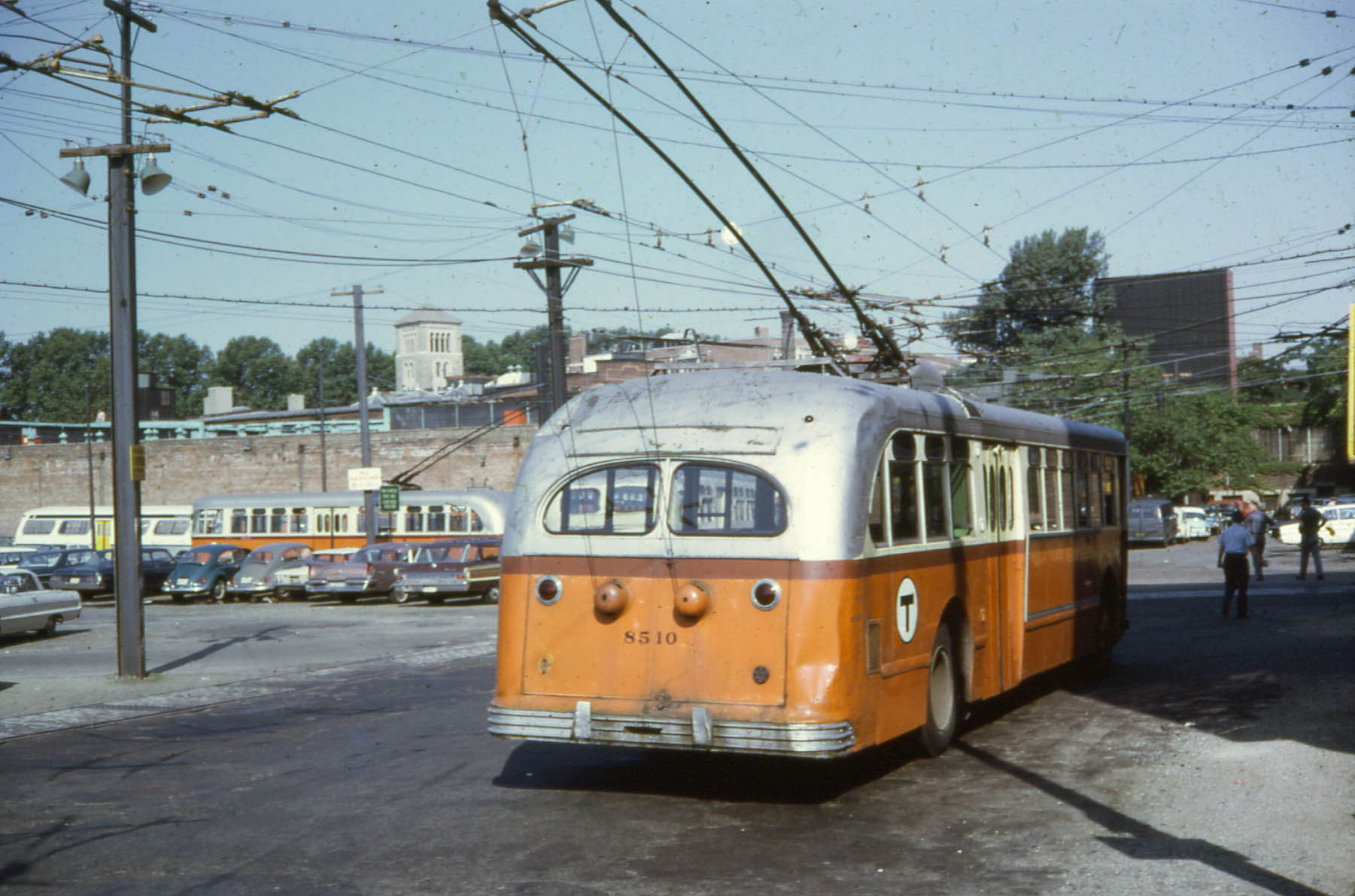 File mbta 8510 at bennett street carhouse in for Car house