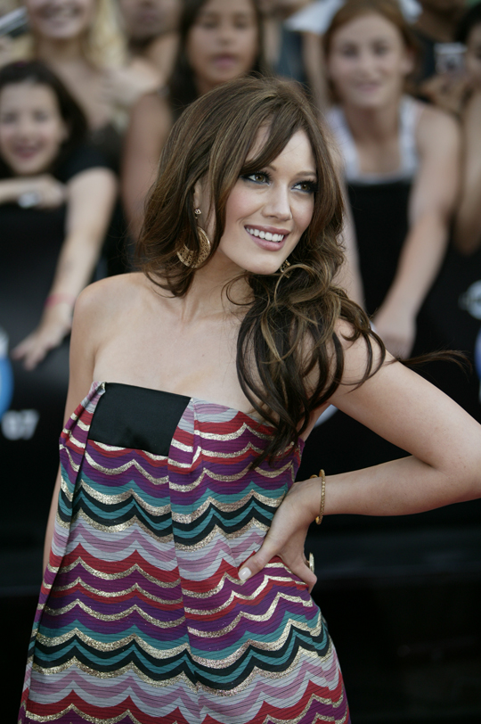 http://upload.wikimedia.org/wikipedia/commons/4/42/MMVA2007_Hilary_Duff_3A2V0147.jpg