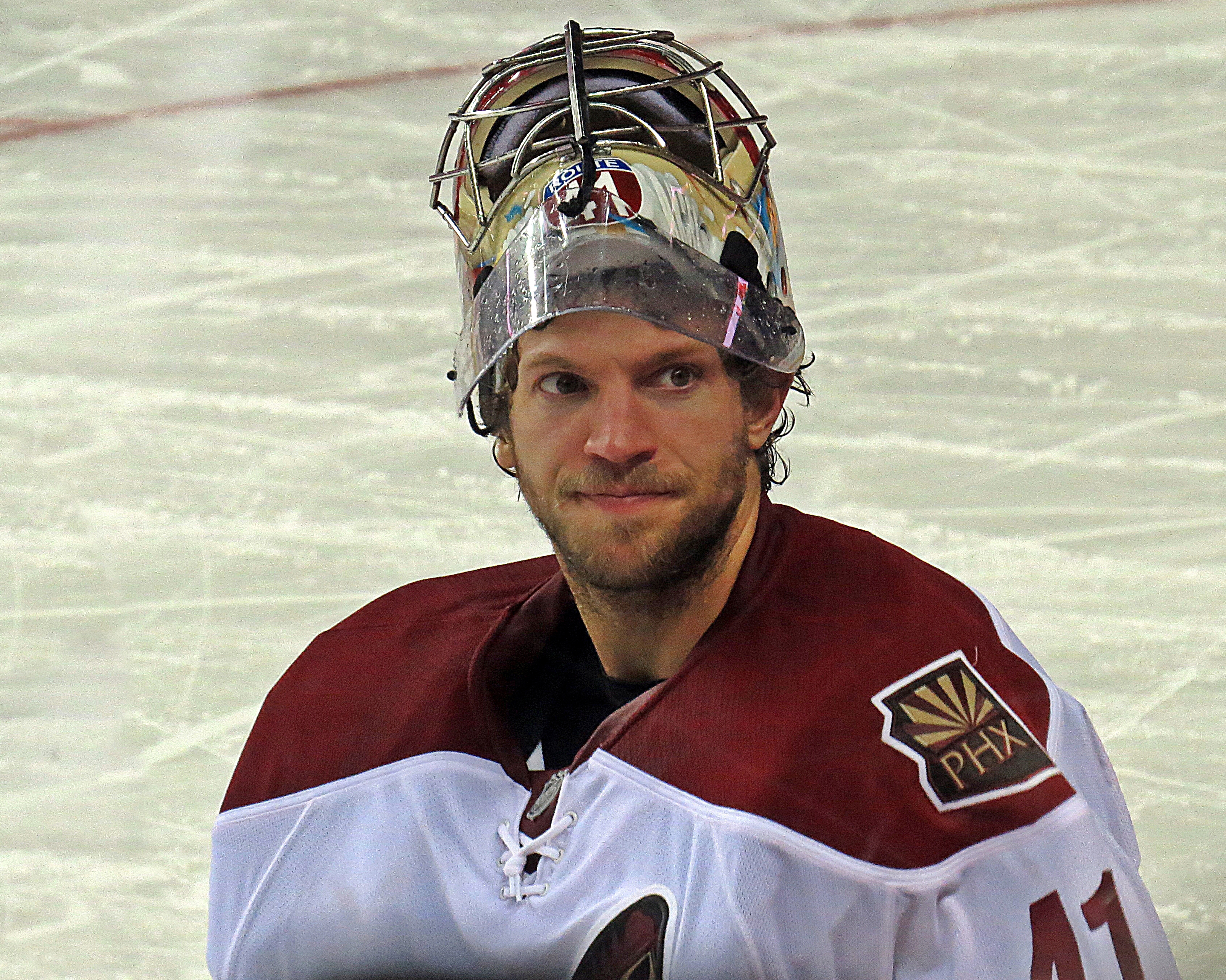 Mike Smith Hockey Mike Smith Coyotes2.jpg