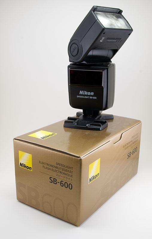Nikon SB 600   Camera Bags