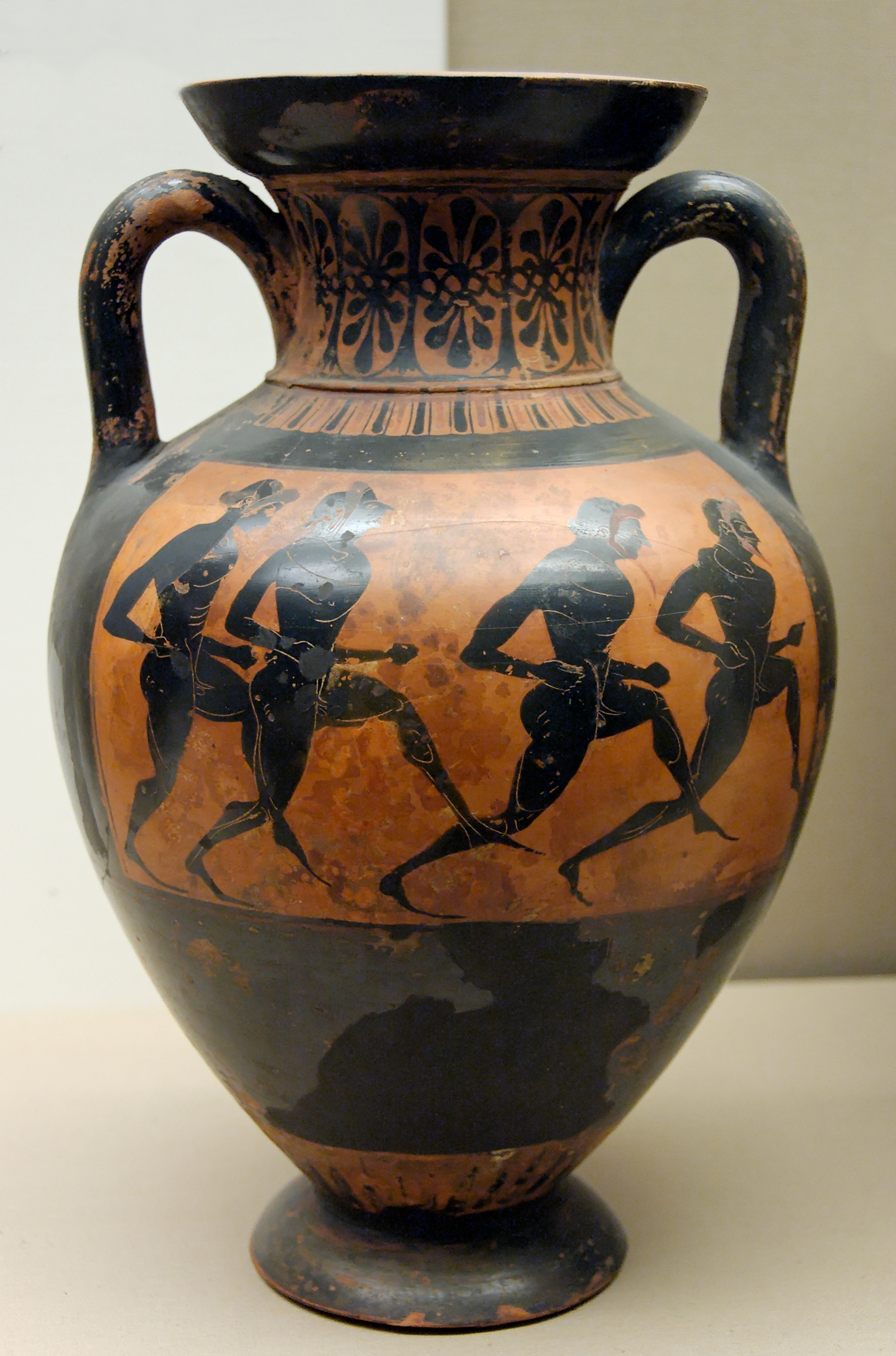 File Panathenaic Amphora Bm B137 Jpg Wikimedia Commons