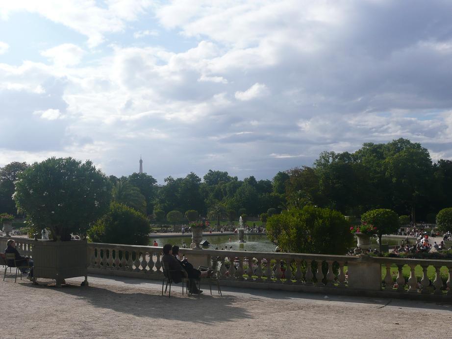File:Paris 75006 Jardin du Luxembourg - Terrasse du Fer à Cheval 01 ...