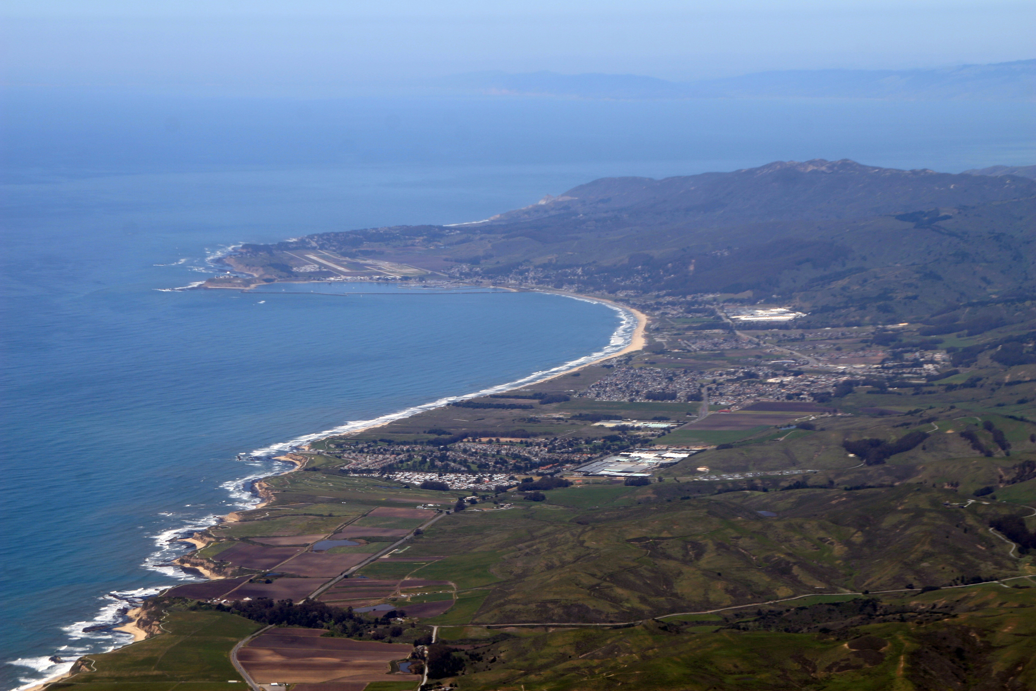 Half Moon Bay (California) - Wikipedia