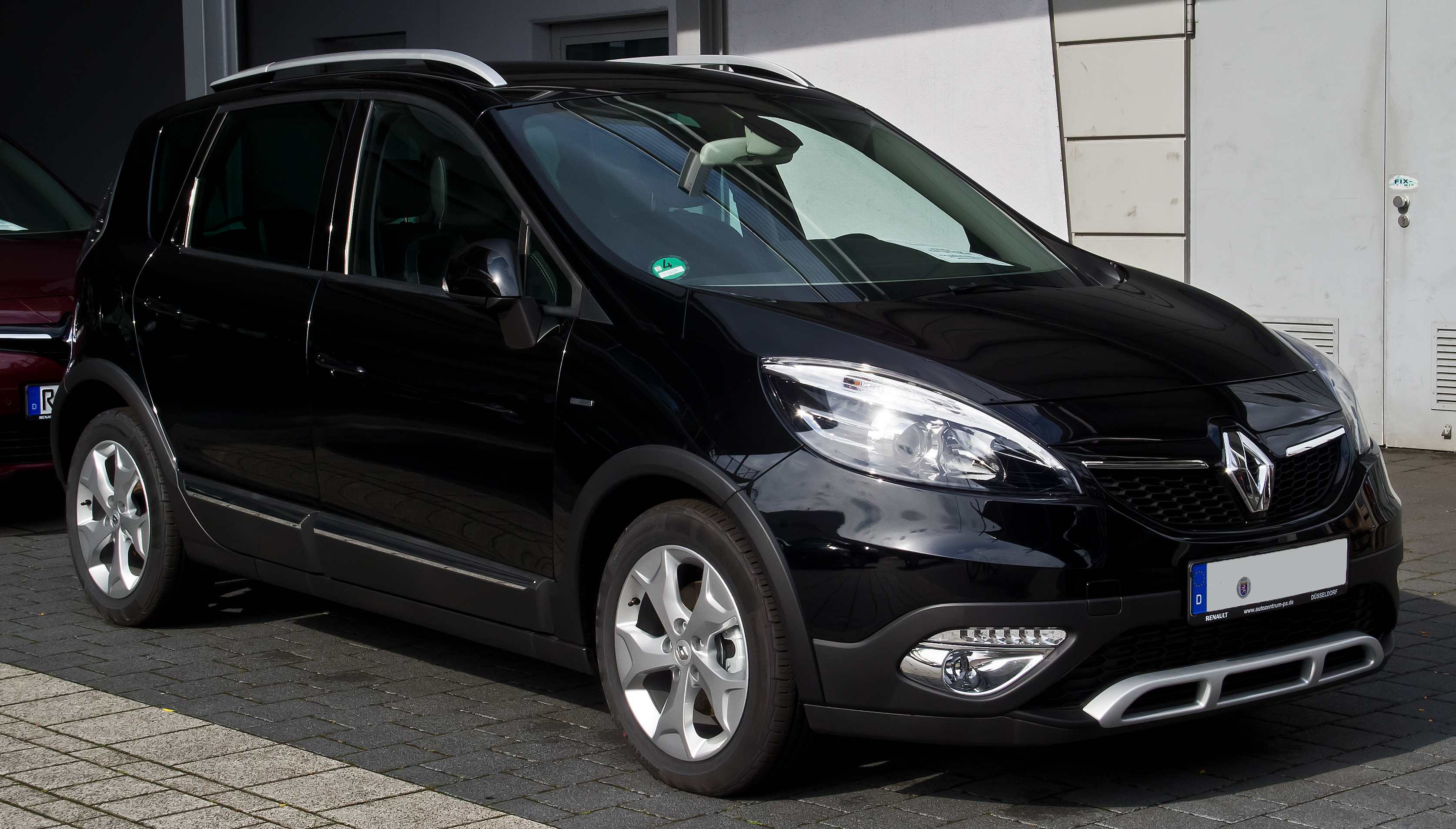 File:Renault Scénic XMOD Bose Edition ENERGY dCi 130 Start & Stop ...