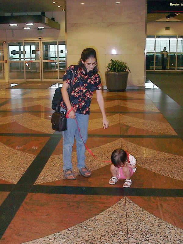Children/'s//Toddler Adjustable Wrist Link Walking Rein Harness Safety Strap,NEW